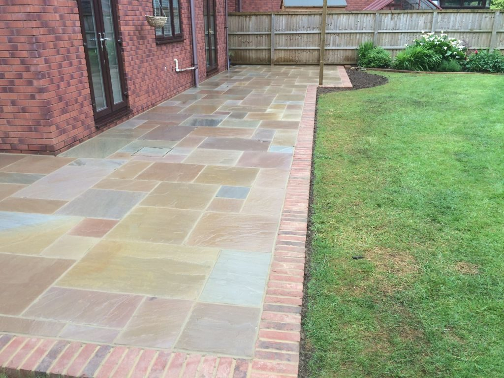 Undy Vinergar Hill Using Raj Green Indian Sand Stone With