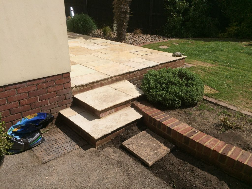 Chepstow big stone meadow Using mint fossil Indian sand stone-6