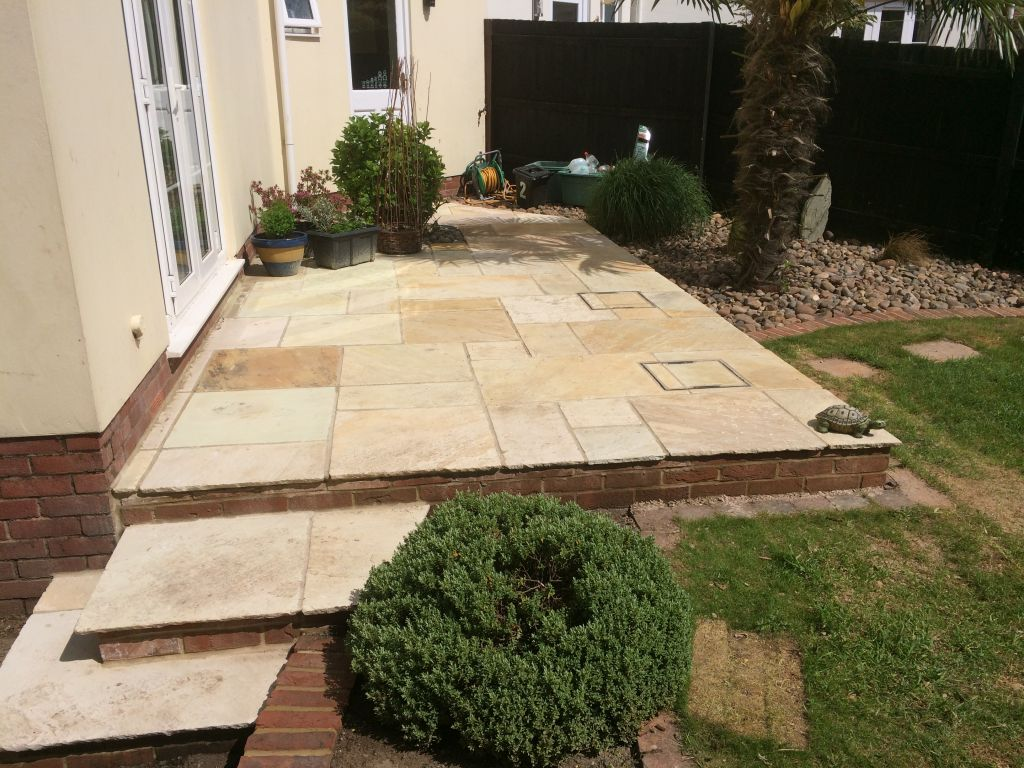 Chepstow big stone meadow Using mint fossil Indian sand stone-1