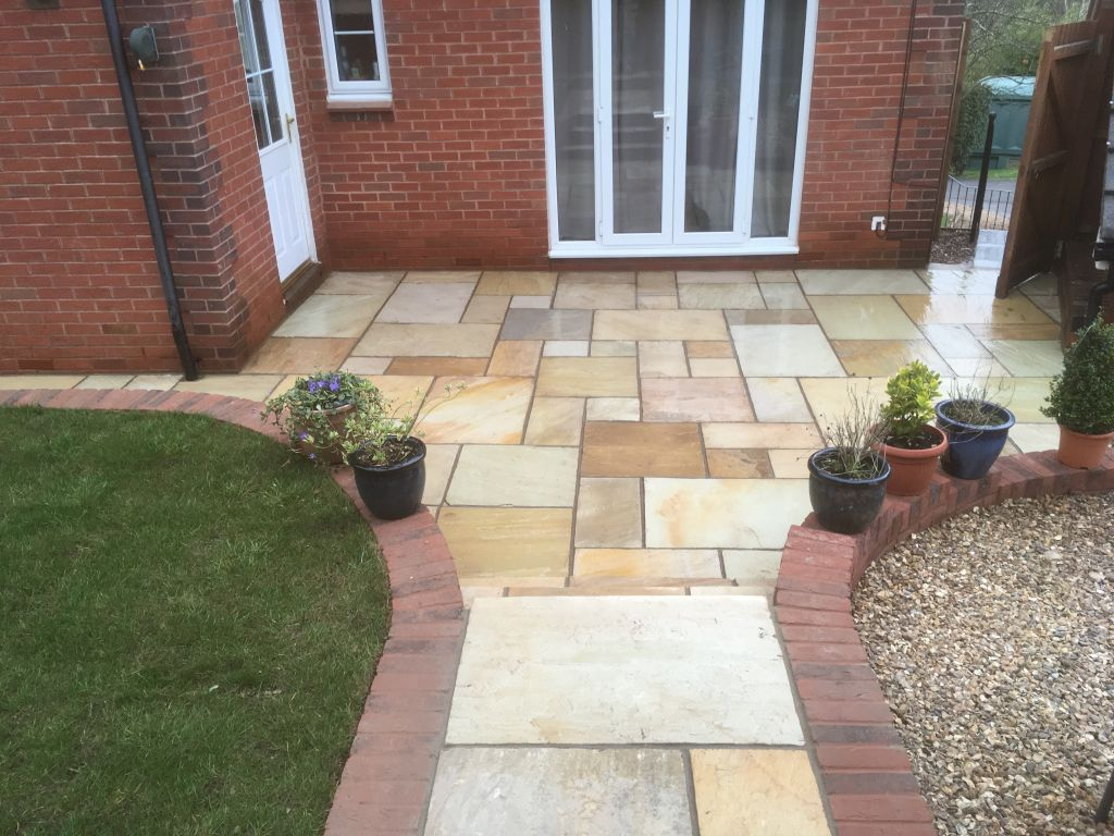 Chepstow mint fossil Indian sand stone with red decoter multi brick retaining wall-8