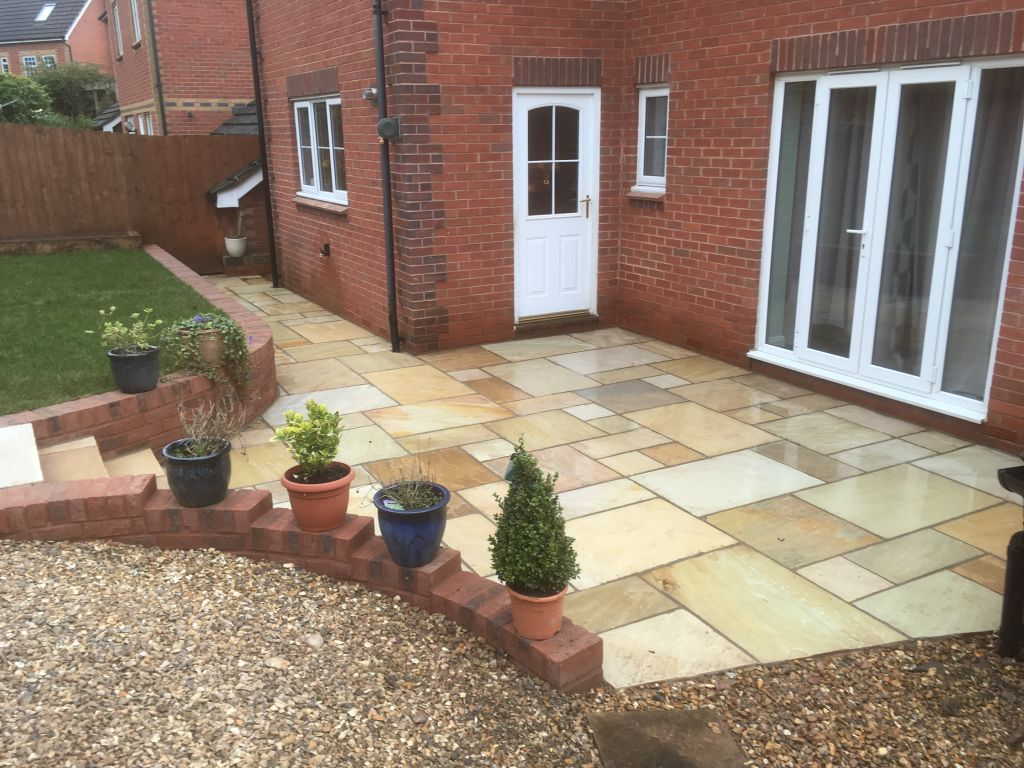 Chepstow mint fossil Indian sand stone with red decoter multi brick retaining wall-6